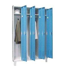 Öltözőszekrény, fém, 4 ajtós, lábakon álló, (341)